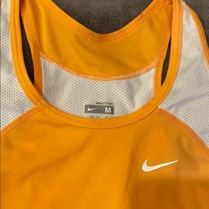 Nike Tops - Nike Tanktop